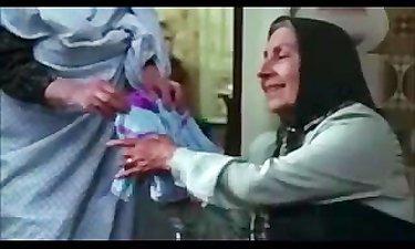 کلیپی دیدنی از ماندگارترین نقشهای مادر در قاب سینمای ایران