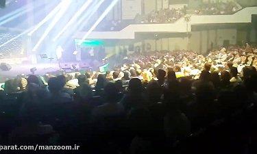 حسن ریوندی - حرکات جالب اکبر عبدی در کنسرت