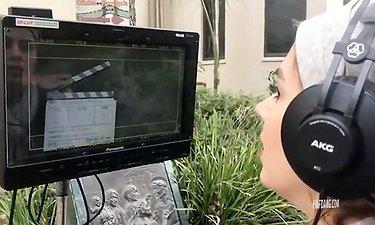 تینا پاکروان در پشت صحنهٔ فیلم «لس آنجلس-تهران»