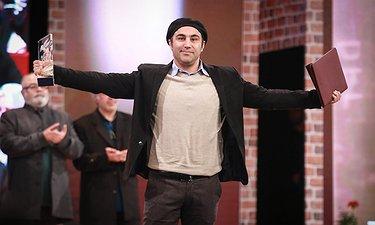 لحظه برنده شدن محسن تنابنده برای سیمرغ بهترین بازیگر مرد / اختتامیه فجر 35